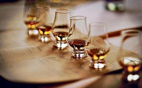 LU'S BOX Whisky-Tasting
