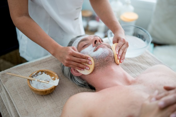 Lu's Beauty Lounge Kosmetikbehandlungen hier klicken